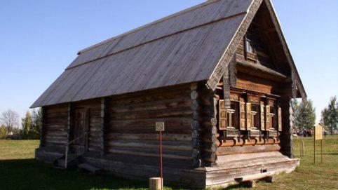 Замена и ремонт фундамента деревянного дома