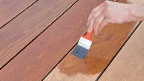 Покраска деревянных строений